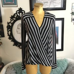 Vince Camuto drapped striped top szsmall